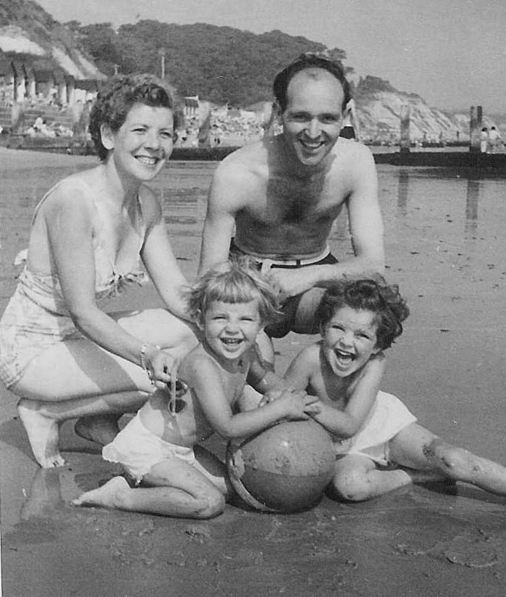 Maureen and Sid Paget with daughters Anne and Susan