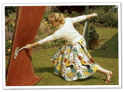Ja. Jag lade ut en bild på en kvinna som städar. Jag lade dessutom lite dropshadow på bilden. Bara för att retas.