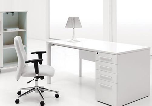 Modern office table chair furniture designs an interior for Modern office table design photos