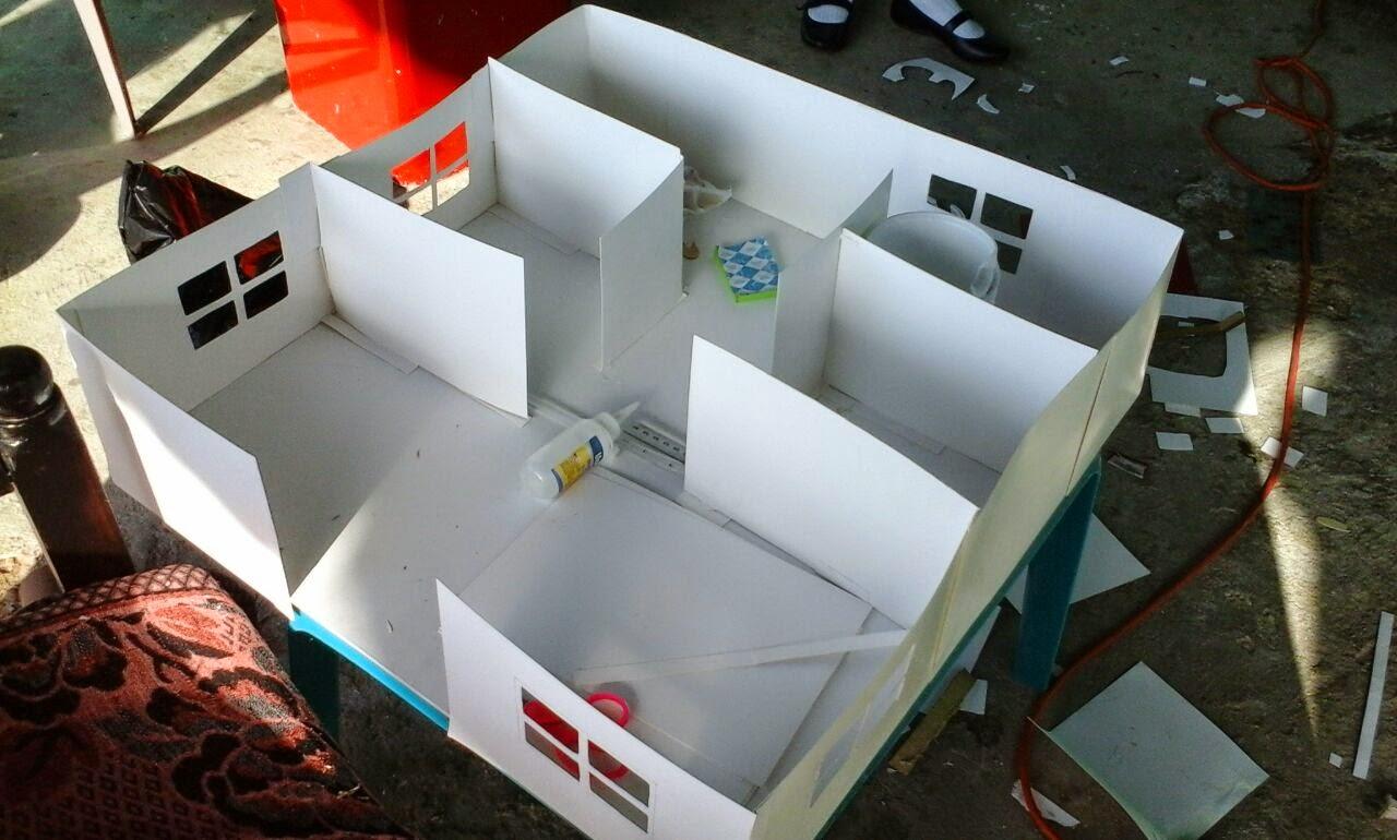 Tecnologia ofimatica maqueta sobre la oficina for Sillas para una maqueta