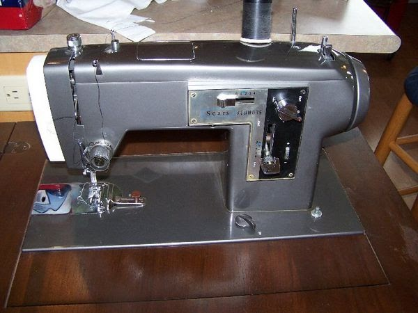 The Opinionated One Speaks: Buying a Sewing Machine...Go ...