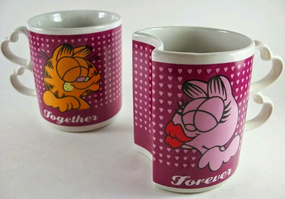 Garfield and Arlene Shaped Kissing Mugs