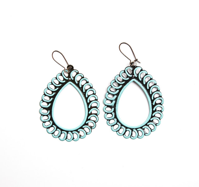 hoop la vintage earrings