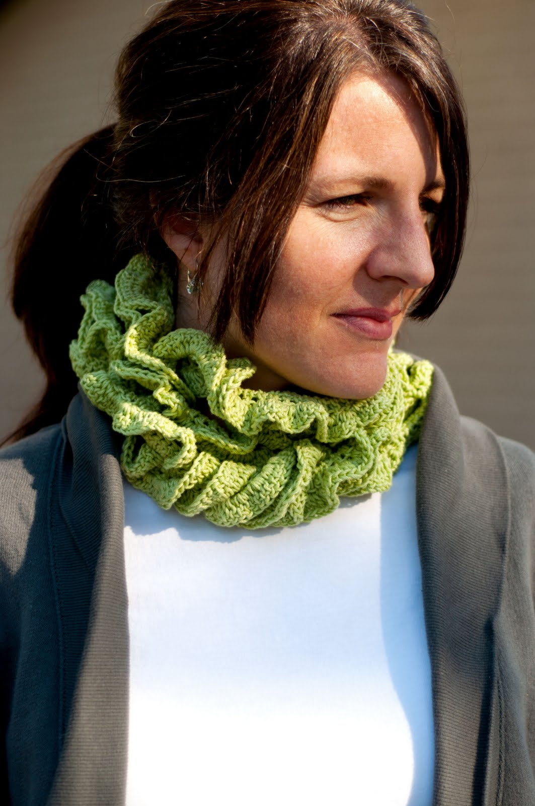 Free Crochet Pattern: Ruffle Scarf