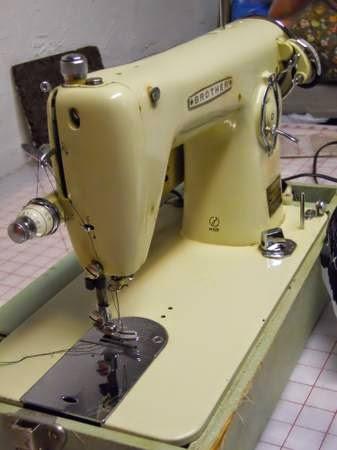 MI Vintage Sewing Machines Coronado Brother 40's Extraordinary 1950 Brother Sewing Machine