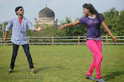 Nuvvena Adi Nivvena Movie Stills-thumbnail-13