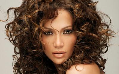 cabelos-longos-cacheados-1