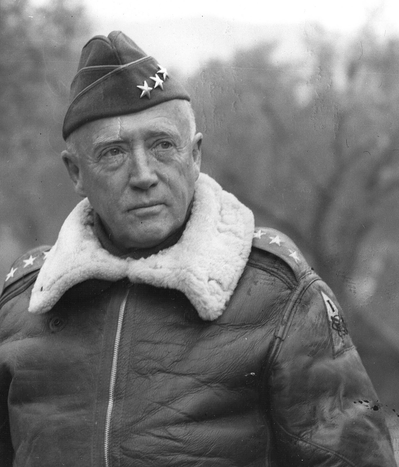 general patton 2016-11-19 1885 november 11 patton was born in san gabriel, los angeles county, california 1897–1903 patton attended stephen cutter clark's classical school for boys.