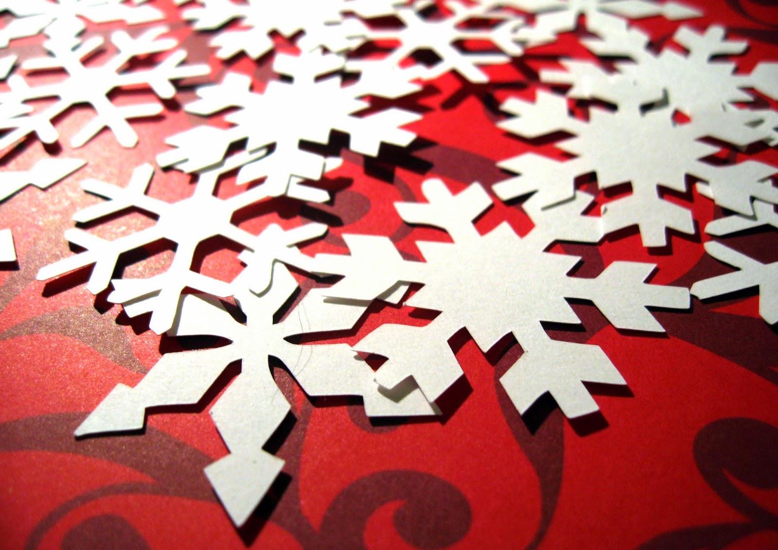 http://www.tiffzippy.com/snowflake-confetti/