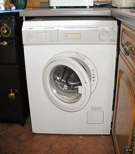 How to Clean Your Washing Machine Thoroughly
