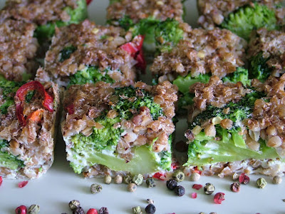 Zapiekanka z brokułem i kaszą gryczaną