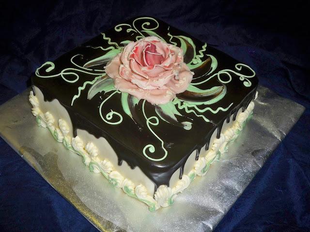 red roses birthday cake | Elisabeth's Wedding Cakes