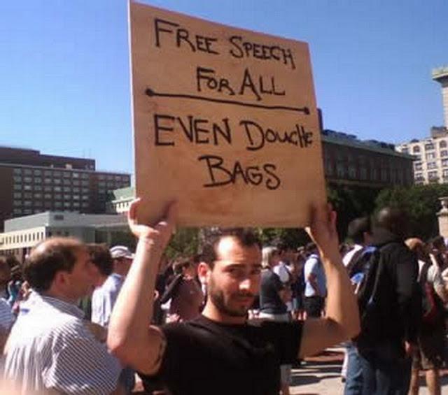 http://1.bp.blogspot.com/-Lz3lJDhJZVk/TtgCKIjjPoI/AAAAAAAAj8k/u0t-h0yQ0qM/s640/Politics+0383.jpg
