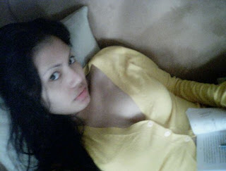 Foto Foto Tante Cantik, Seksi, Montok, Hot dan Kesepian