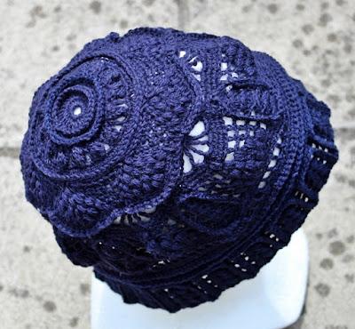 szydelkowa koronkowa czapka w 3D