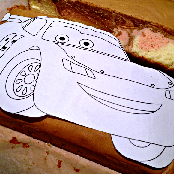 life as we know it How to create a Lightning McQueen cakeKa