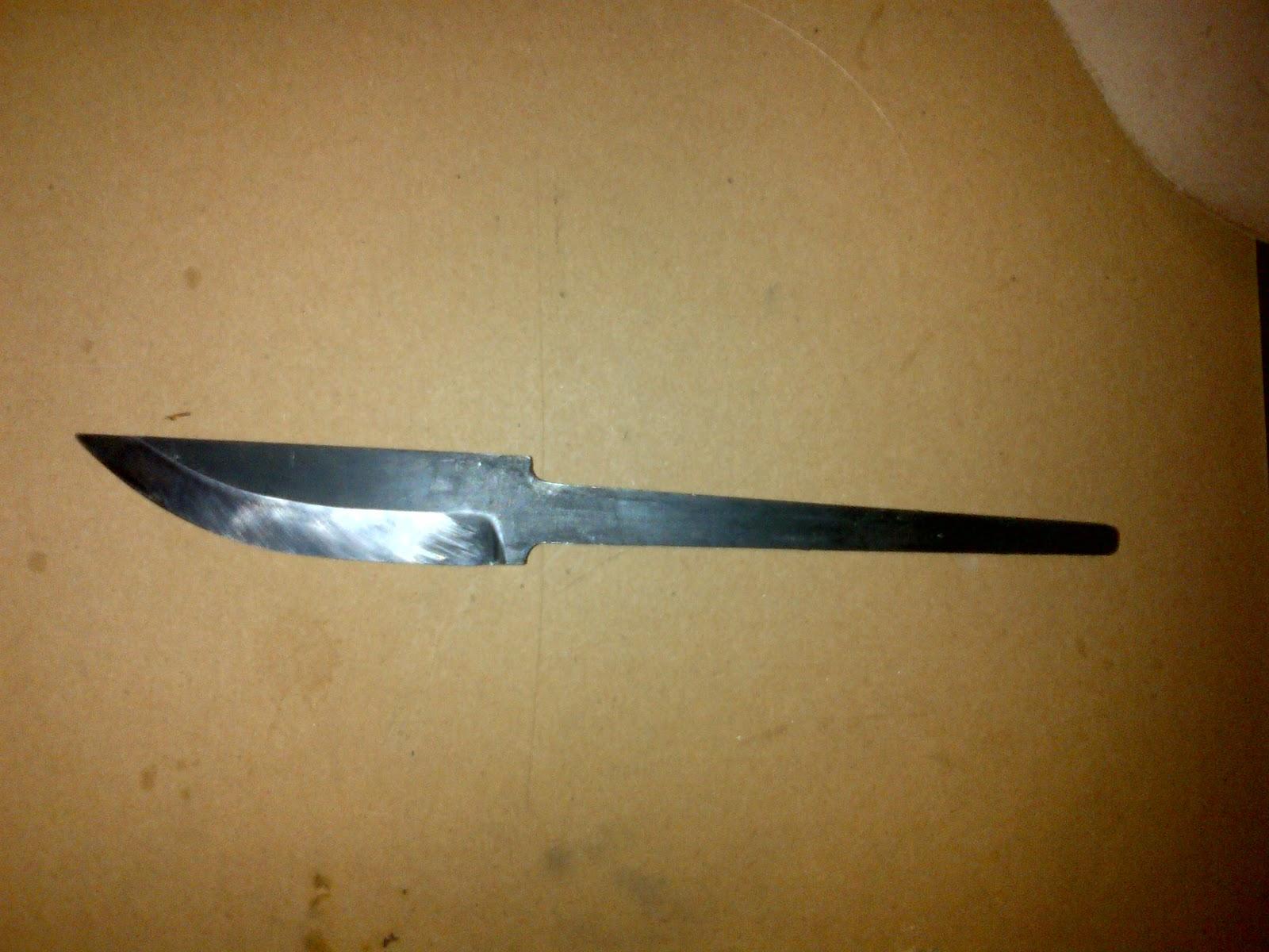 Bushcraft74 montage d 39 un couteau scandinave - Comment affuter un couteau ...