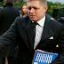 ΡΙΧΝΟΥΝ ΤΗΝ ΕΥΘΥΝΗ ΣΤΗΝ ΕΛΛΑΔΑ!!!Αποκλεισμό της Ελλάδας από τη Σένγκεν ζητεί ο σλοβάκος πρωθυπουργός