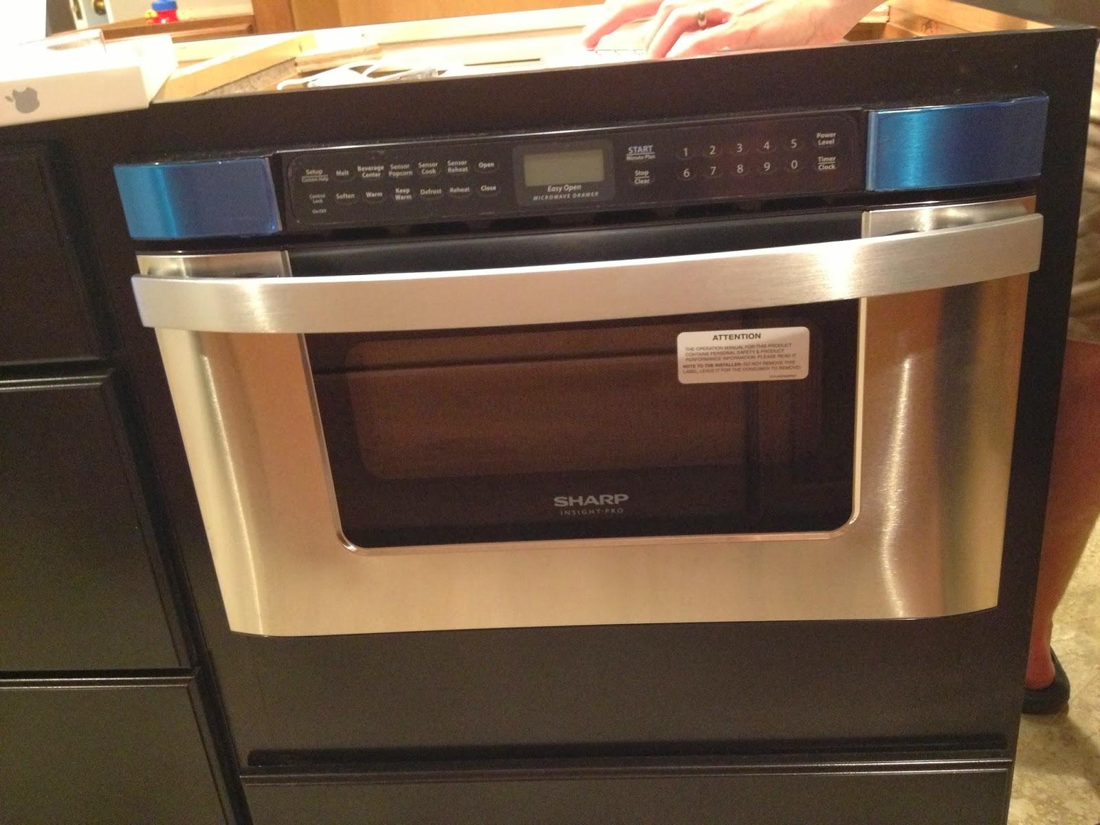 life of the lorenzens kitchen microwave tv. Black Bedroom Furniture Sets. Home Design Ideas