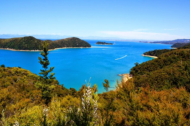 Abel Tasman National Park , tourist attractions in New Zealand