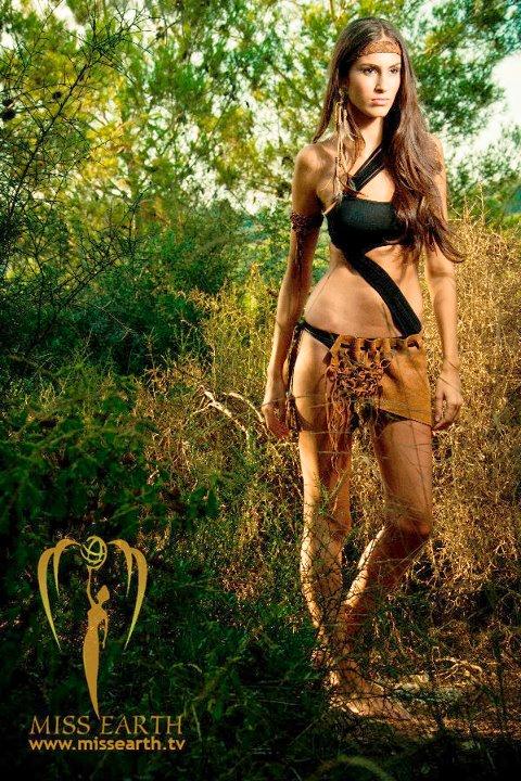 Huda Naccache breaks arab taboo,miss israel 2011