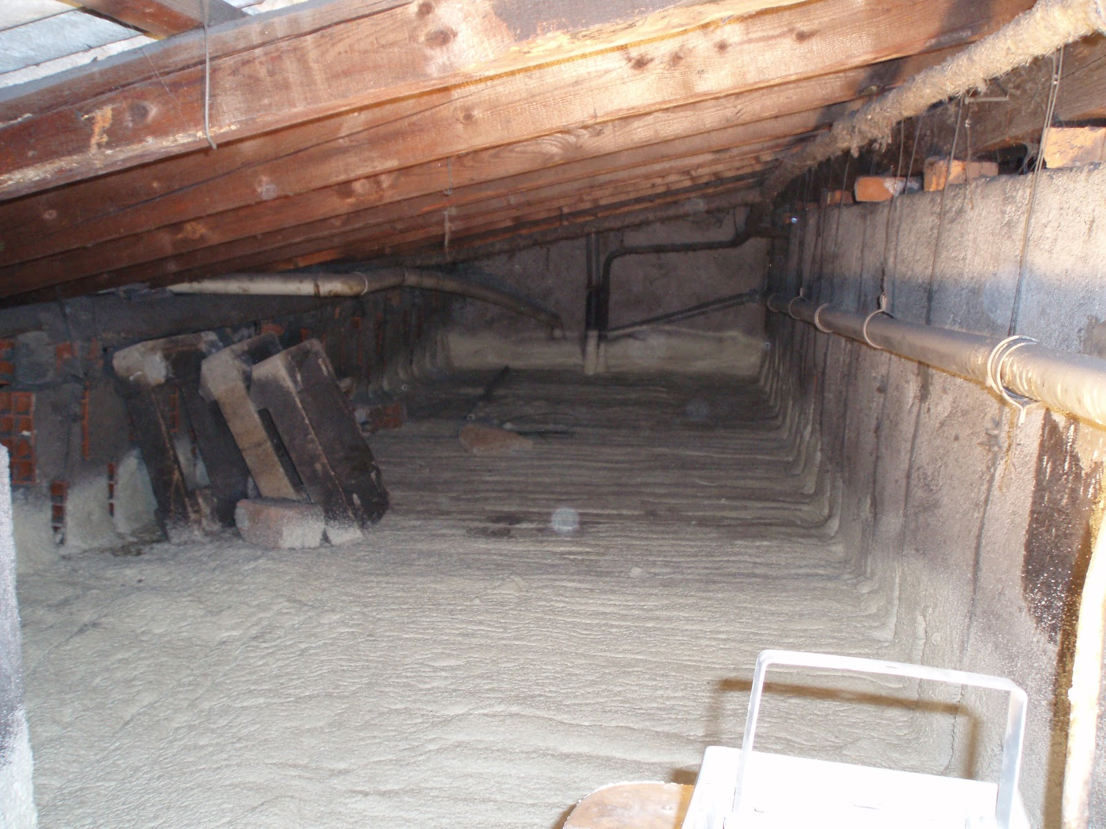 Schiuma poliuretanica per pavimenti coibentazione a spruzzo