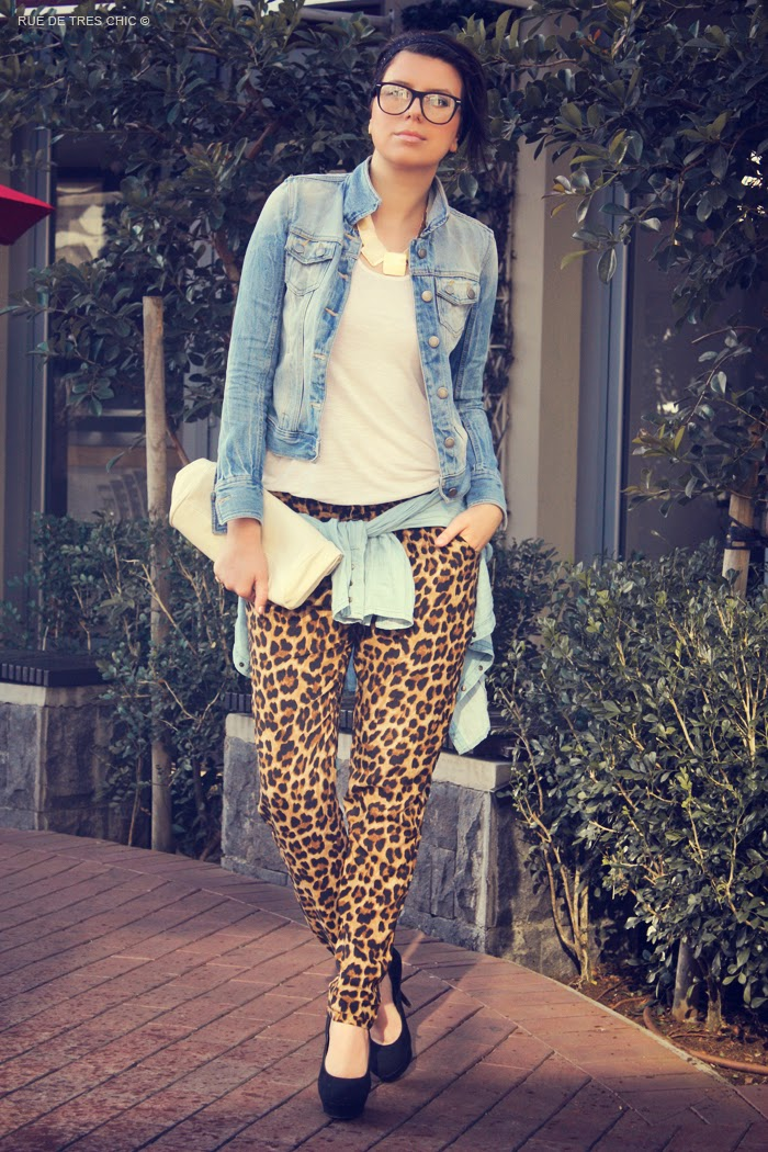 denim_and_animal_print_look