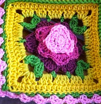 http://www.ravelry.com/patterns/library/borgata-flower-afghan-block