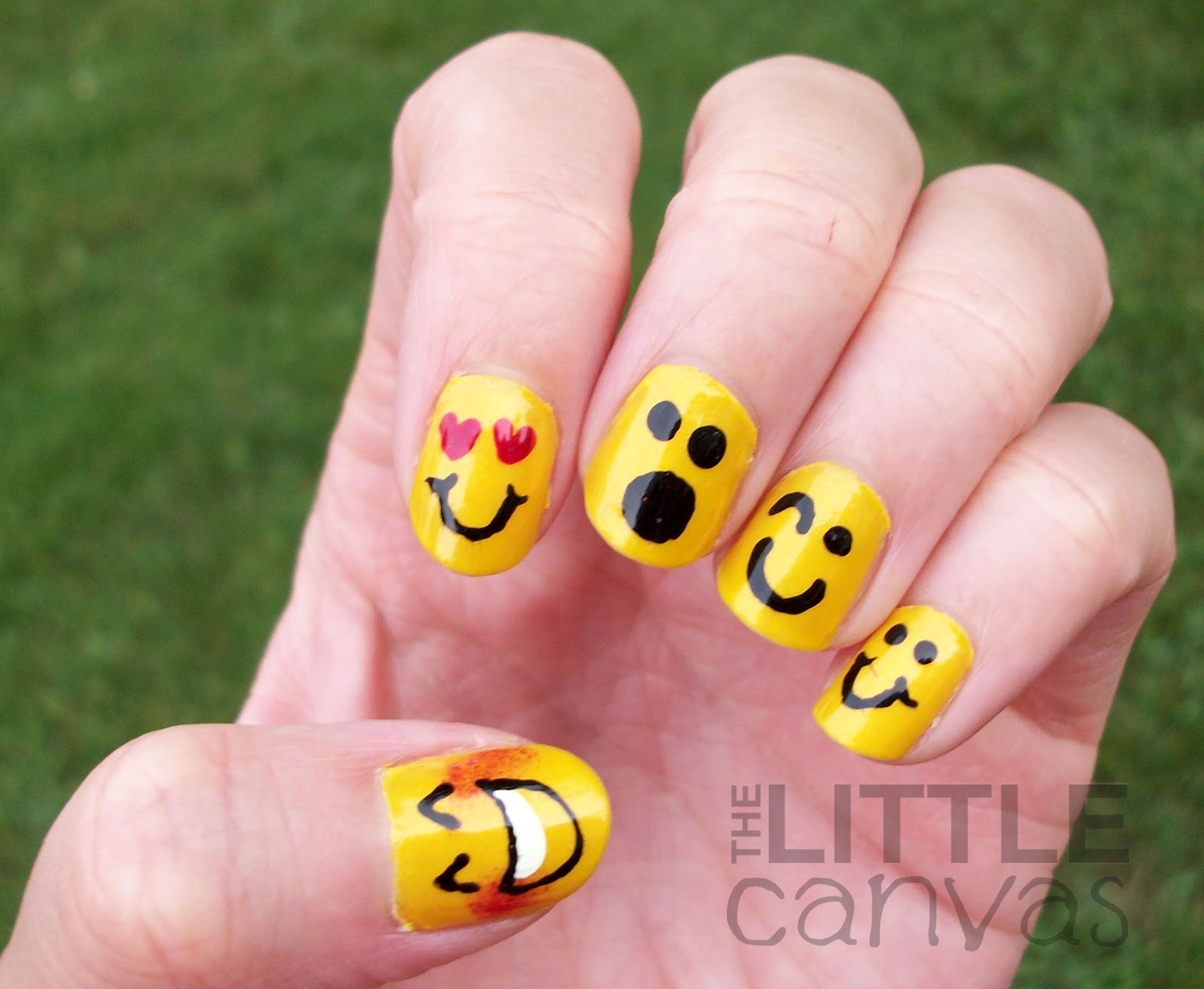 31 day challenge day 3 yellow nails emoticons the for Colores para pintar