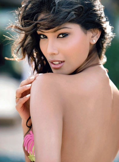 miss earth 2010 winner,Nicole Faria