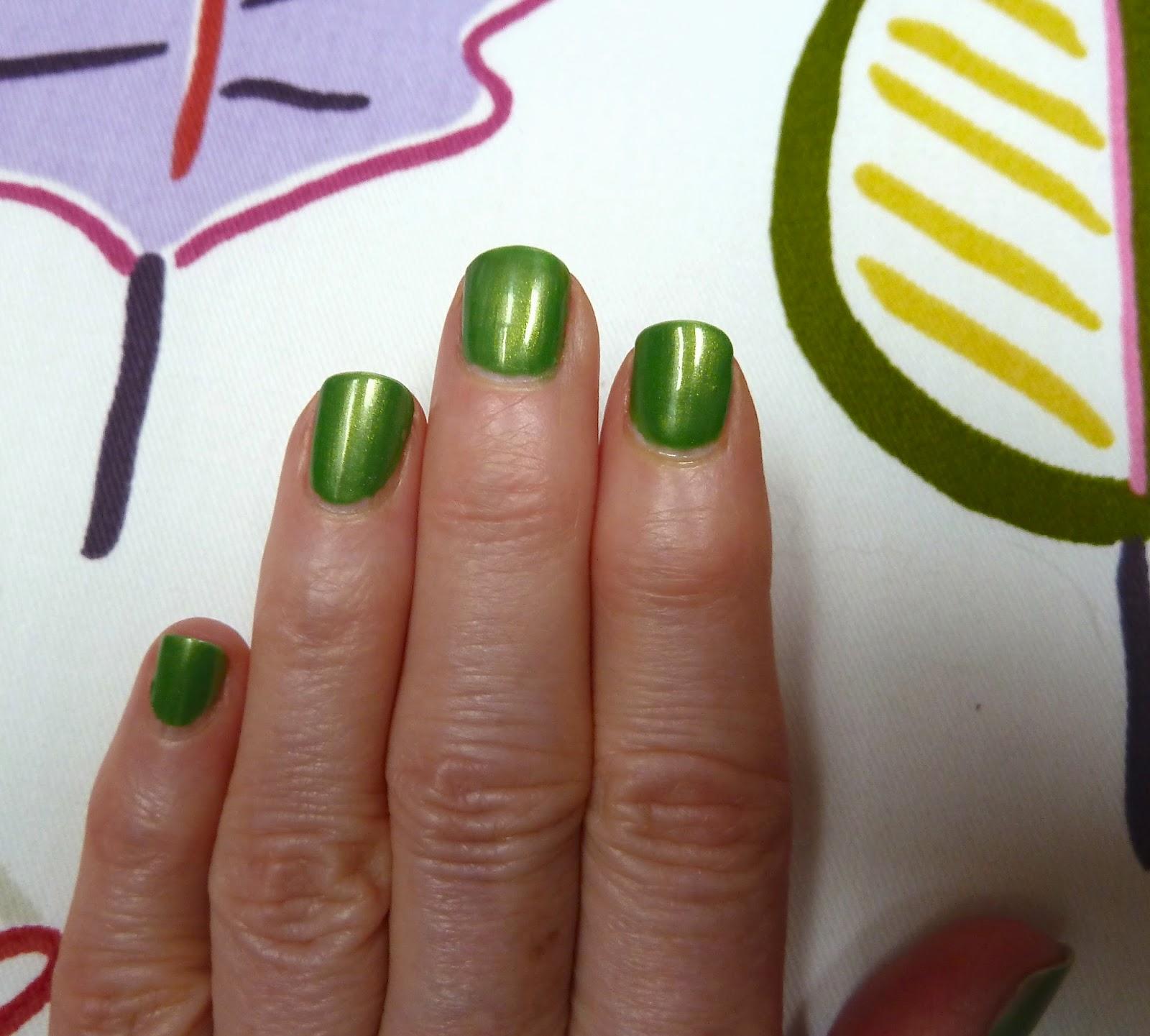 Happy Saint Patricks Day Manicure Style