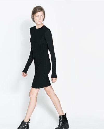 siyah uzun kollu dar kesim elbise