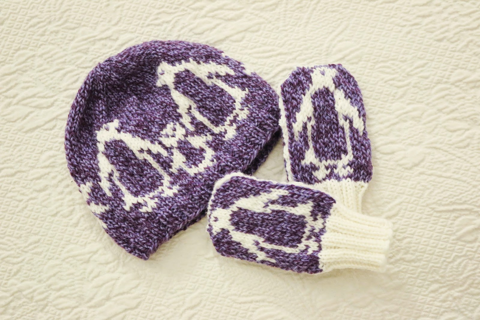 ChemKnits: Behind the design of the Snowy Penguin Hat and Mitts!
