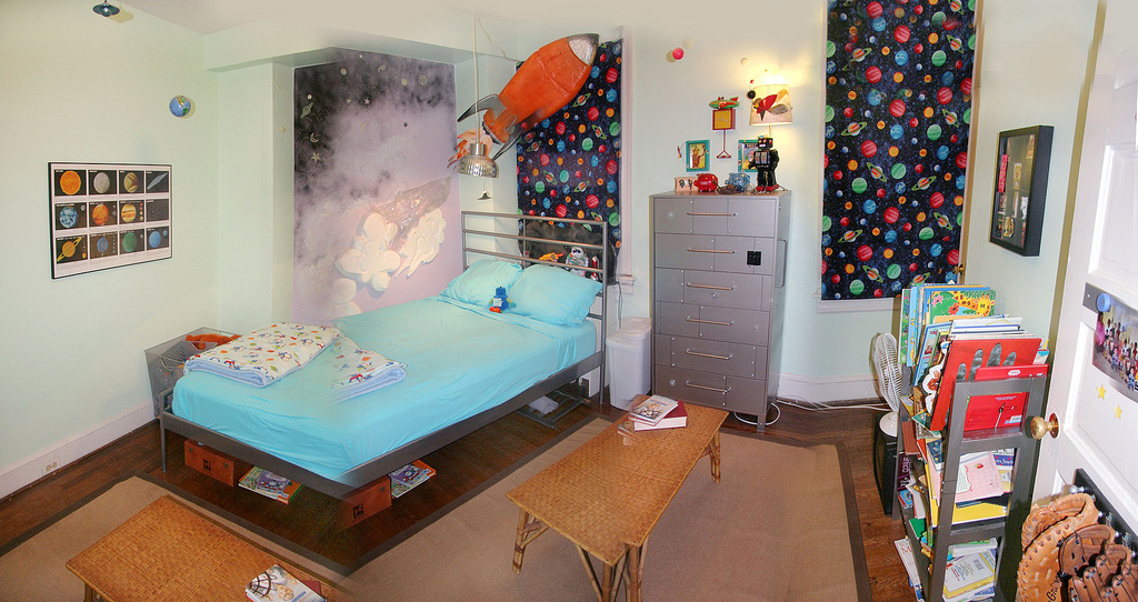 Decorating diva tips ideas for decorating a boy 39 s room for Diva bedroom ideas