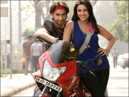 Debutatnt Parineeti Chopra takes a ride with Ranveer