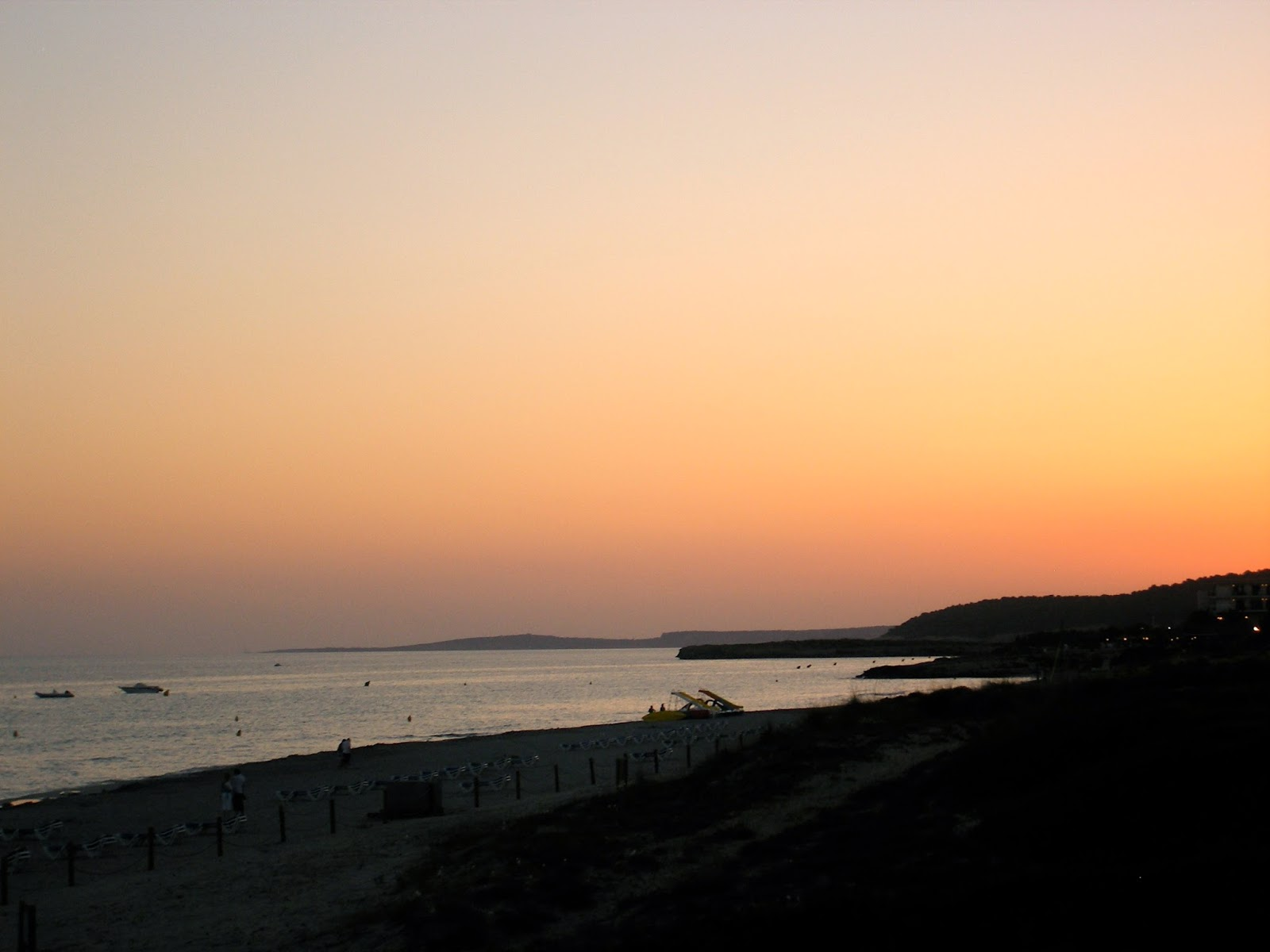 Travel Inspiration | Menorca, Spain | beach sunset at dusk