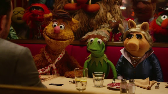miss piggy animal kermit muppets fozzie bear most wanted