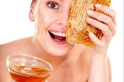 maschera viso purificante, pelli grasse, miele, acqua di rose