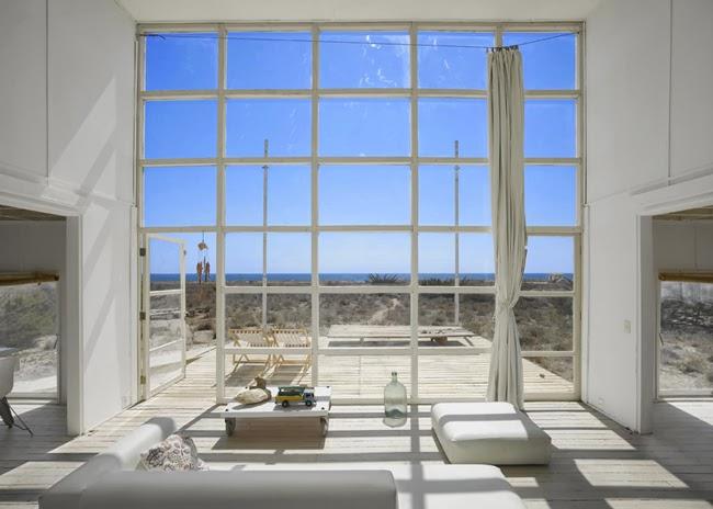 ESTILO RUSTICO: Casa Rustica de Playa en Chile