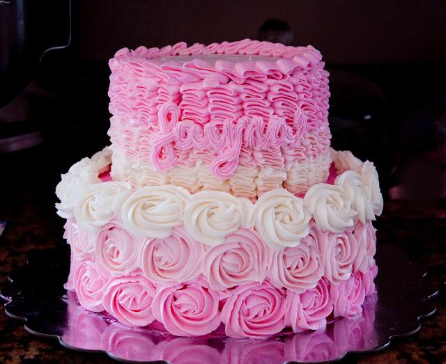 Cake Decorating Rosettes : Ruffle and Rosette Cake