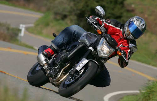 voiture communicante identicar veut rendre les motos. Black Bedroom Furniture Sets. Home Design Ideas