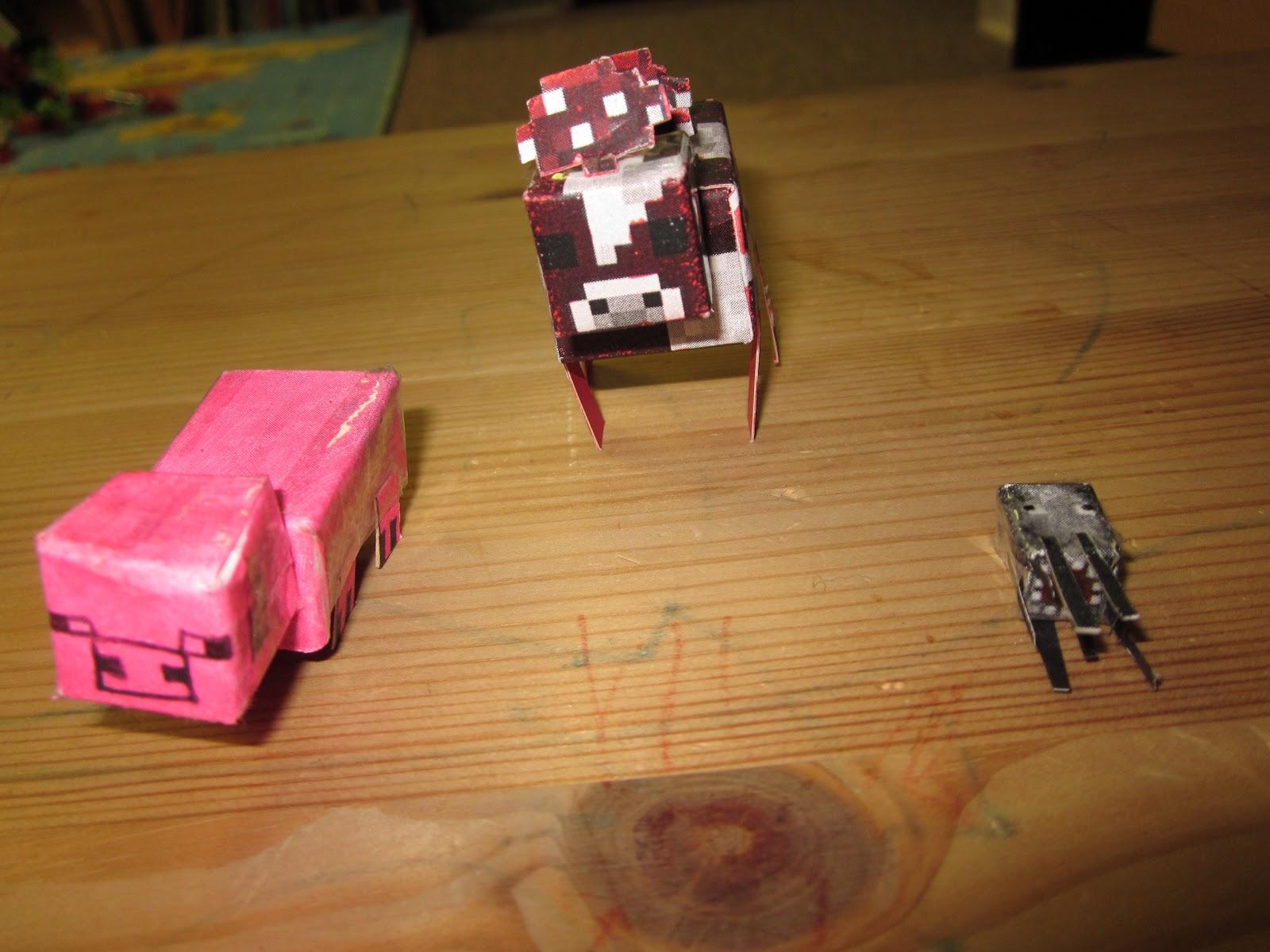 Aidan's Aspie Corner: Minecraft Paper Art!