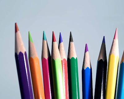 """pensil warna warni/></a></span> </div> <div style=""""color: black; font-family: Arial,Helvetica,sans-serif;""""> <span style=""""font-size: x-small;""""><br /> </span></div> <div style=""""color: black; font-family: Arial,Helvetica,sans-serif;""""> <span style=""""font-size: x-small;"""">Nah, berikut ini beberapa fakta menarik soal pensil. <br /> <br /> 1.  Setiap tahun diproduksi 14 miliar batang pensil di seluruh dunia.  Yang  terbanyak di Amerika Serikat (2 miliar batang). Jika semua pensil  itu  digunakan untuk membuat garis, akan tercipta 64 garis keliling  dunia.<br /> <br /> 2. Satu batang pensil bisa menulis 40 ribu kata atau setara dengan garis sepanjang 35 mil.<br /> <br /> 3.  Awalnya pensil dipakai untuk menandai kambing. Sifat graphite (bahan   dasar pensil) yang lunak membuat para peternak mudah menorehkan marka  di  kulit kambing.<br /> <br /> 4. Pensil pertama kali diciptakan pada tahun 1565 di Inggris, tetapi baru seabad kemudian diproduksi secara massal di Jerman.</span></div> <div style=""""color: black; font-family: Arial,Helvetica,sans-serif;""""> <span style=""""font-size: x-small;""""><a class=""""noBottomLine"""" href=""""http://nge-share.blogspot.com/"""" target=""""_blank""""><img border=""""0"""" height=""""266"""" src=""""http://1.bp.blogspot.com/-hyNqq_kJfFA/TwwE41SL35I/AAAAAAAAAiE/_18nJMFh8u8/s400/pencil.jpg"""" width=""""400"""" alt="""