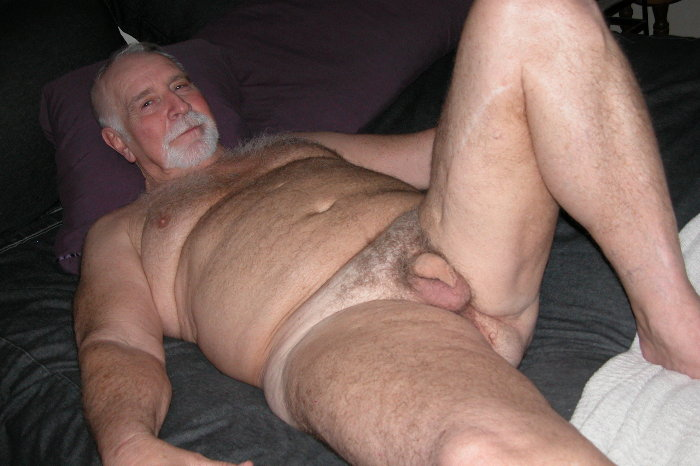 oldermen gay naked pictures - oldermen images - hot silver papi