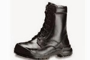 Sepatu Pemadam Api