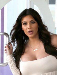 Selamat! Kim Kardashian Melahirkan Bayi Prematur Yang Sehat