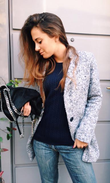 valentina rago fasion need, fashion blogger outfit fall, fashion blogger italia, all star borchiate e boyfriend jeans, boyfriend jeans mania, jeans, cappotto grigio, fashion blogger outfit inspiration