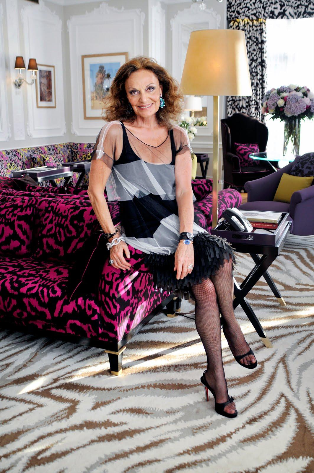 http://1.bp.blogspot.com/-M2VCjswtoew/TZodEx9f7lI/AAAAAAAAHzc/4GVMN9GstwQ/s1600/Diane%2Bvon%2BFu%2525CC%252588rstenberg-hotel.jpg