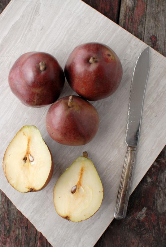 DIY Pear Liqueur Recipes — Dishmaps