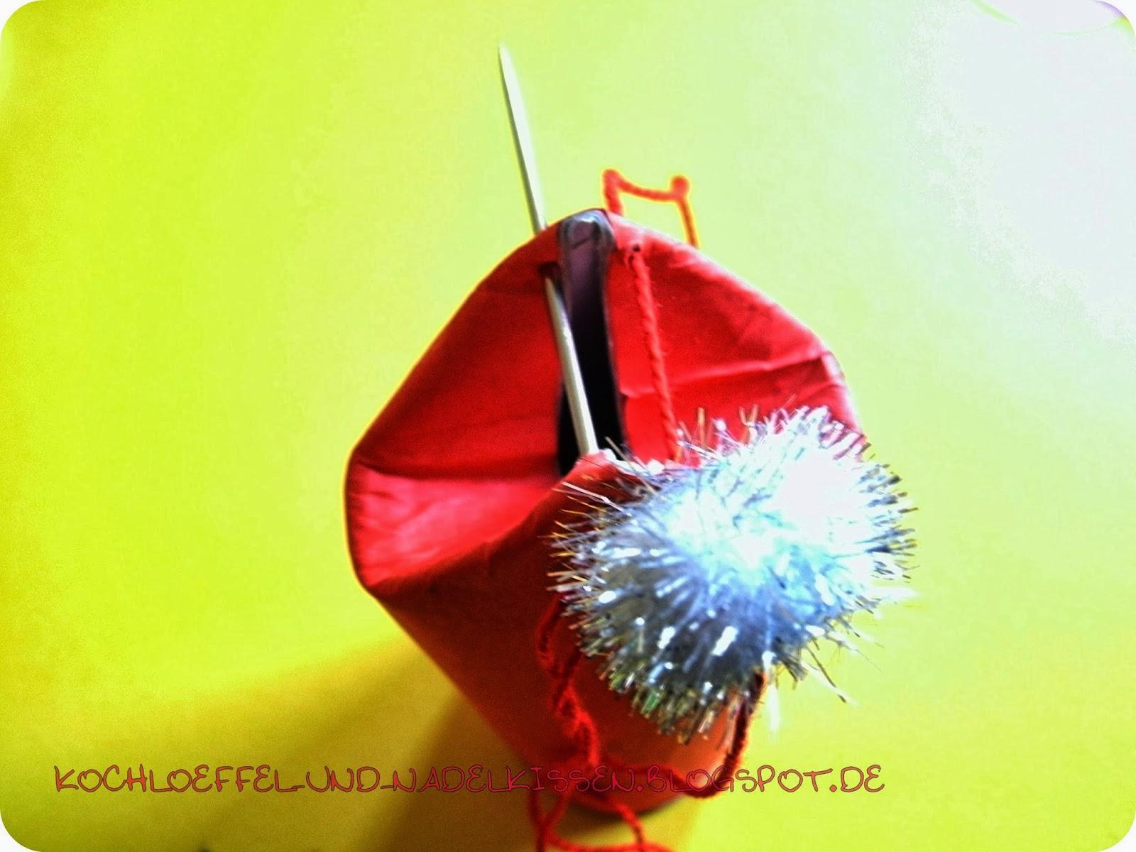 kochloeffel und nadelkissen kleine weihnachtswichtel f r den adventskalender. Black Bedroom Furniture Sets. Home Design Ideas